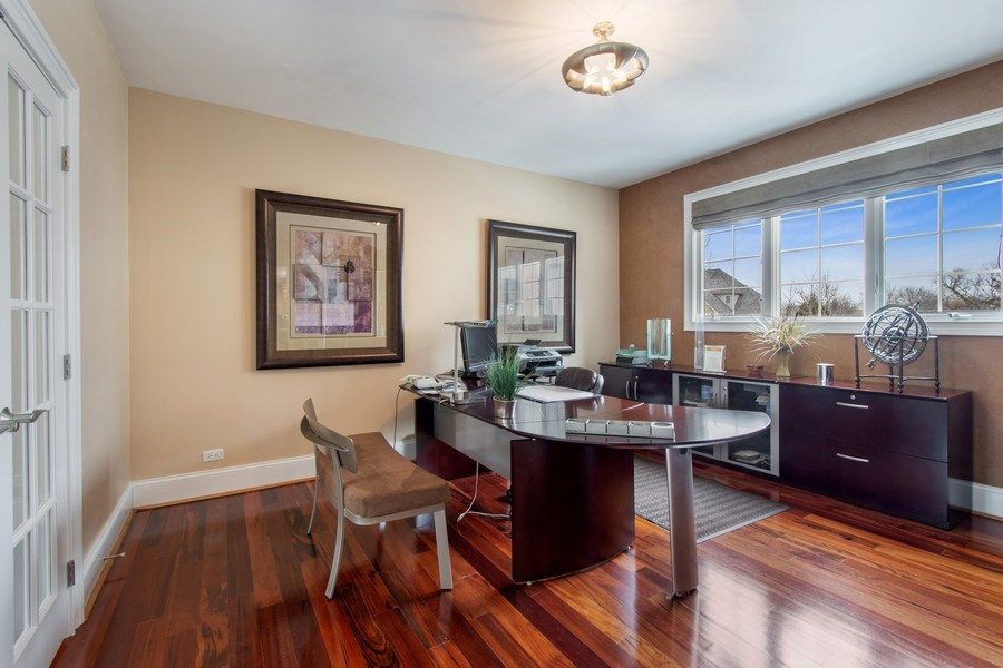 Real Estate Photography - 600 Sutherland Ct., Inverness, IL, 60010 - Office