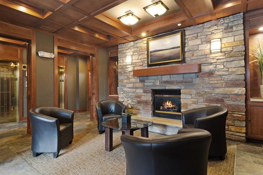 Real Estate Photography - 100 Prairie Park, Unit 612, Wheeling, IL, 60090 - Lobby