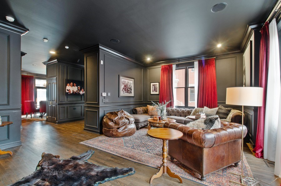Real Estate Photography - 457 N Canal St, Chicago, IL, 60654 - Living Room