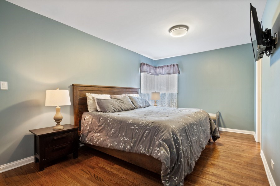 Real Estate Photography - 1616 Magnolia, Glenview, IL, 60025 - Master Bedroom