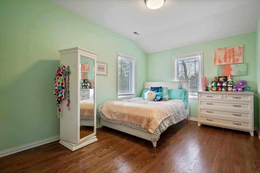 Real Estate Photography - 1616 Magnolia, Glenview, IL, 60025 - Bedroom