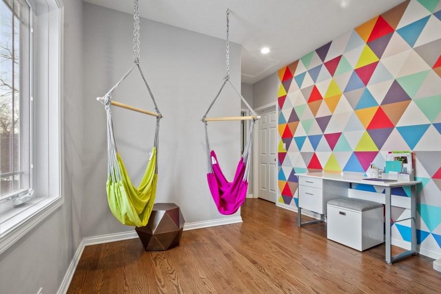 Real Estate Photography - 1616 Magnolia, Glenview, IL, 60025 - Loft