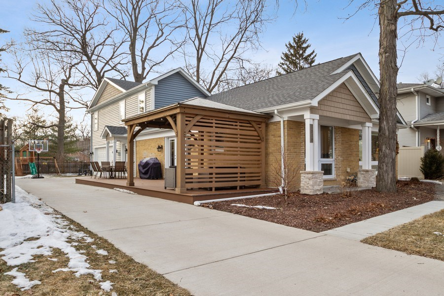 Real Estate Photography - 1616 Magnolia, Glenview, IL, 60025 - Front View
