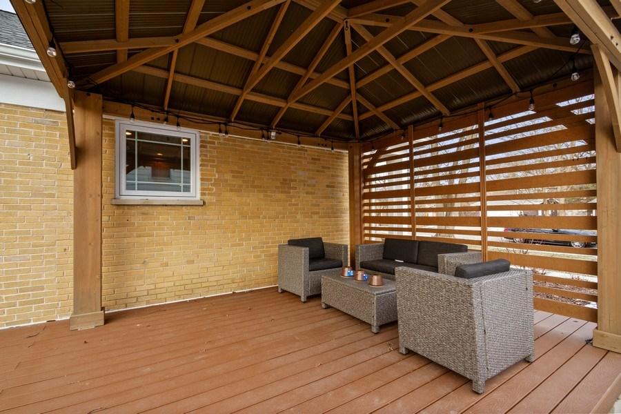 Real Estate Photography - 1616 Magnolia, Glenview, IL, 60025 - Deck