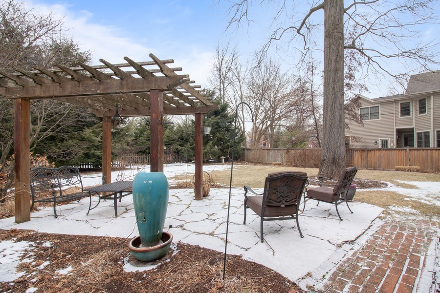 Real Estate Photography - 908 James Ct, Wheaton, IL, 60187 - Back Yard