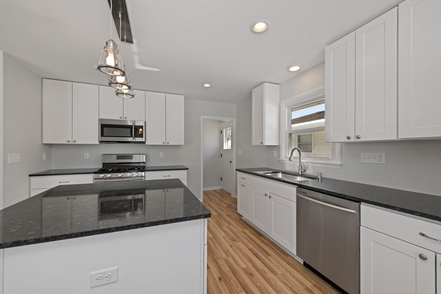 Real Estate Photography - 2320 N 115th Street, Wauwatosa, WI, 53226 - Kitchen