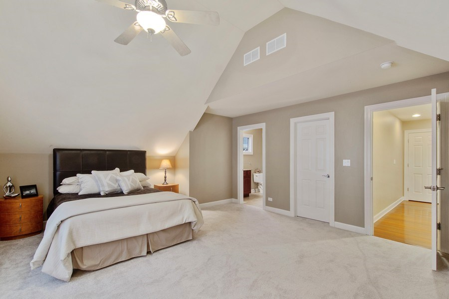 Real Estate Photography - 1057 Linden, Deerfield, IL, 60015 - Bedroom