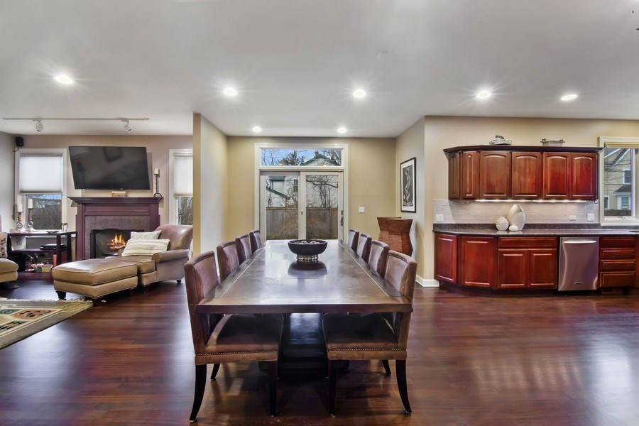 Real Estate Photography - 1057 Linden, Deerfield, IL, 60015 - Breakfast Area