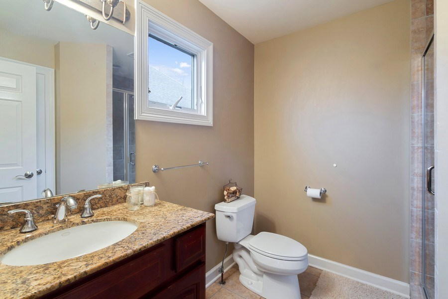 Real Estate Photography - 1057 Linden, Deerfield, IL, 60015 - Bathroom