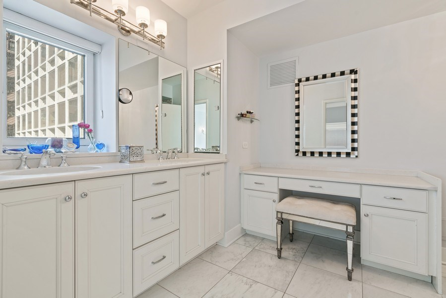 Real Estate Photography - 1100 N Lake Shore Dr, 13C, Chicago, IL, 60611 - Master Bathroom
