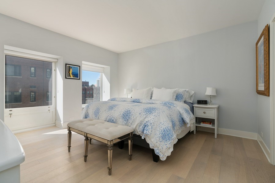 Real Estate Photography - 1100 N Lake Shore Dr, 13C, Chicago, IL, 60611 - Master Bedroom