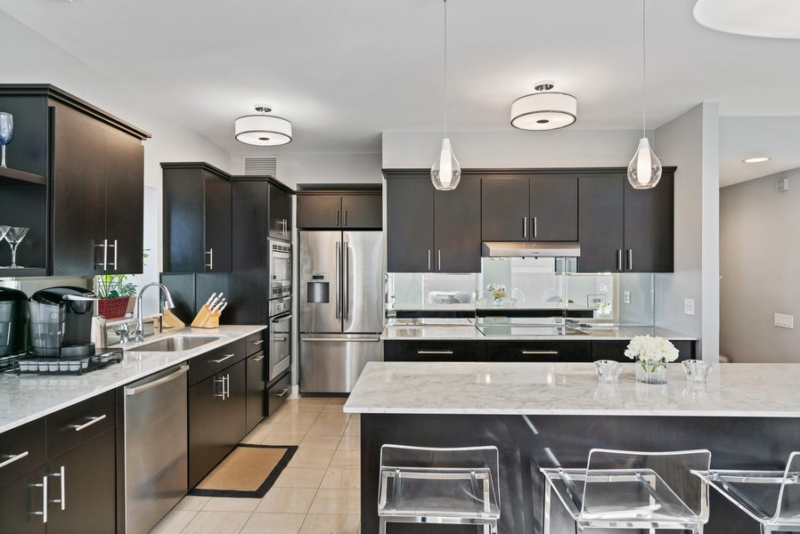 Real Estate Photography - 1100 N Lake Shore Dr, 13C, Chicago, IL, 60611 - Kitchen