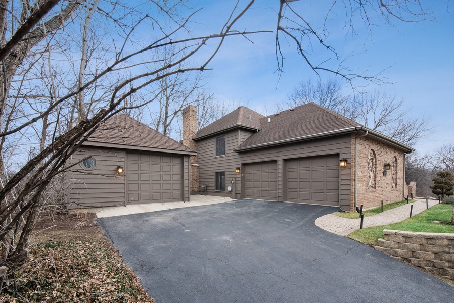 Real Estate Photography - 1005 Wild Rose Springs Dr, Saint Charles, IL, 60174 - Garage