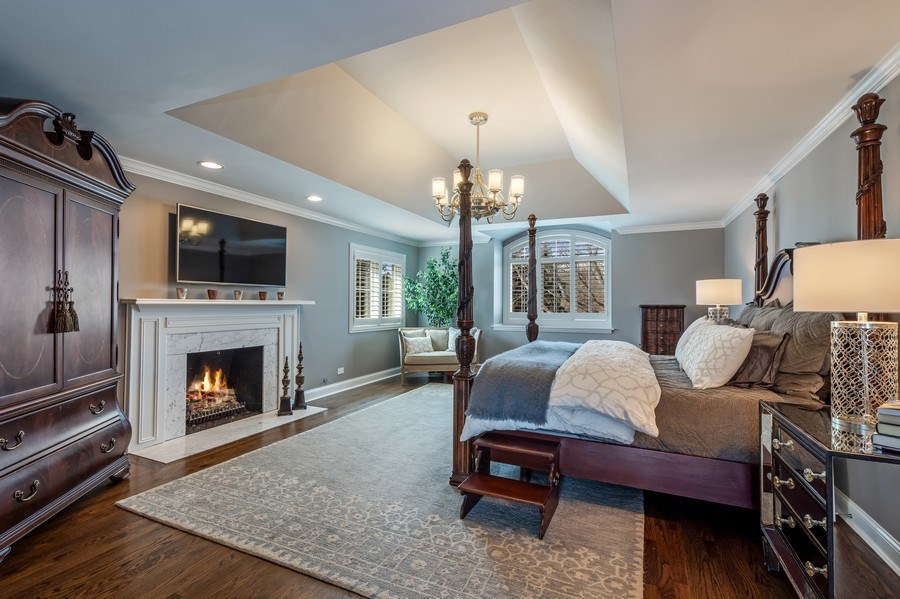 Real Estate Photography - 5 Wescott Lane, South Barrington, IL, 60010 - Master Bedroom