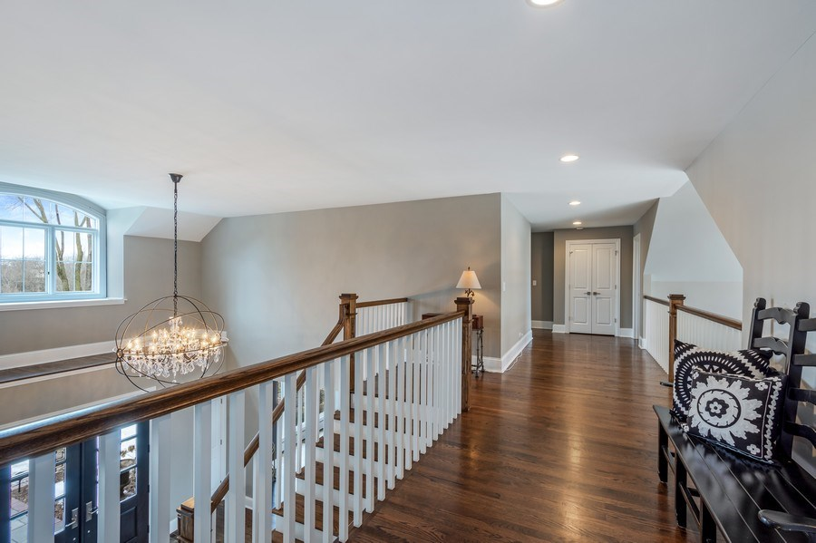 Real Estate Photography - 5 Wescott Lane, South Barrington, IL, 60010 - Upper Hallway