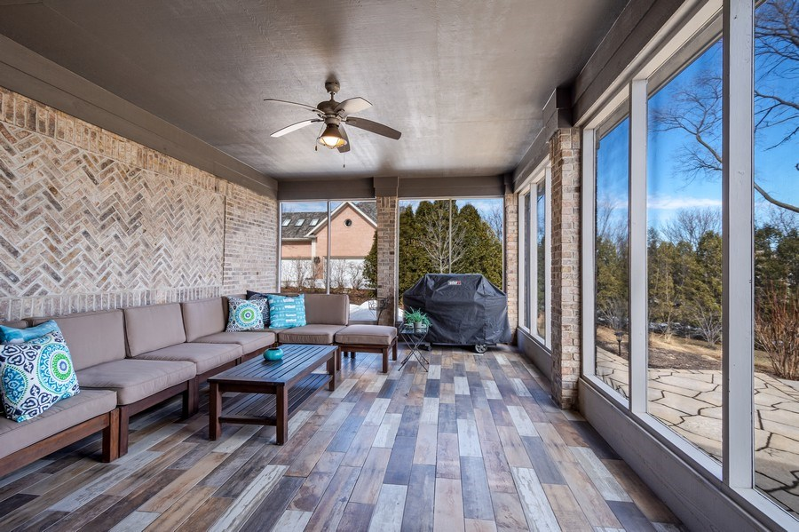 Real Estate Photography - 5 Wescott Lane, South Barrington, IL, 60010 - Screened Porch