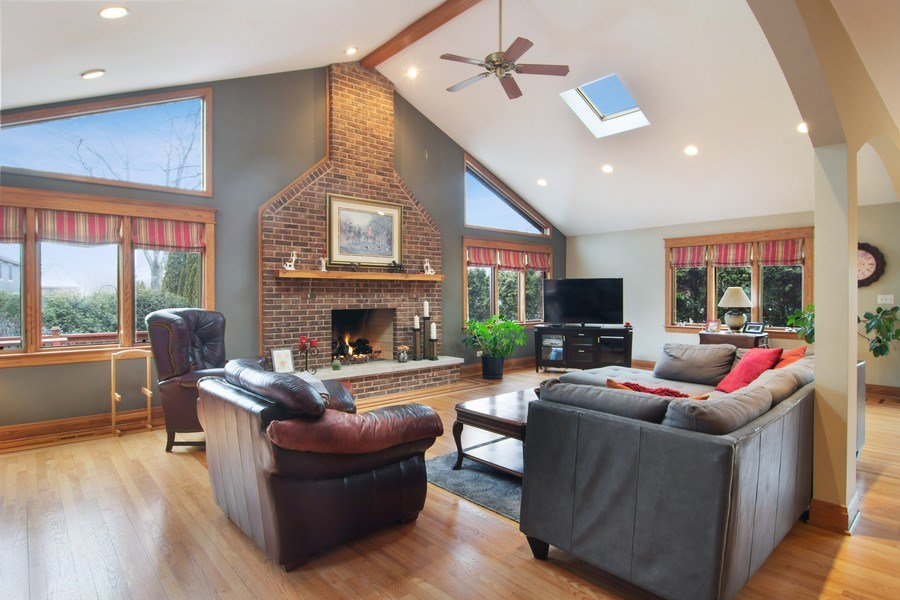 Real Estate Photography - 1001 Wildwood, Mt Prospect, IL, 60056 - Family Room