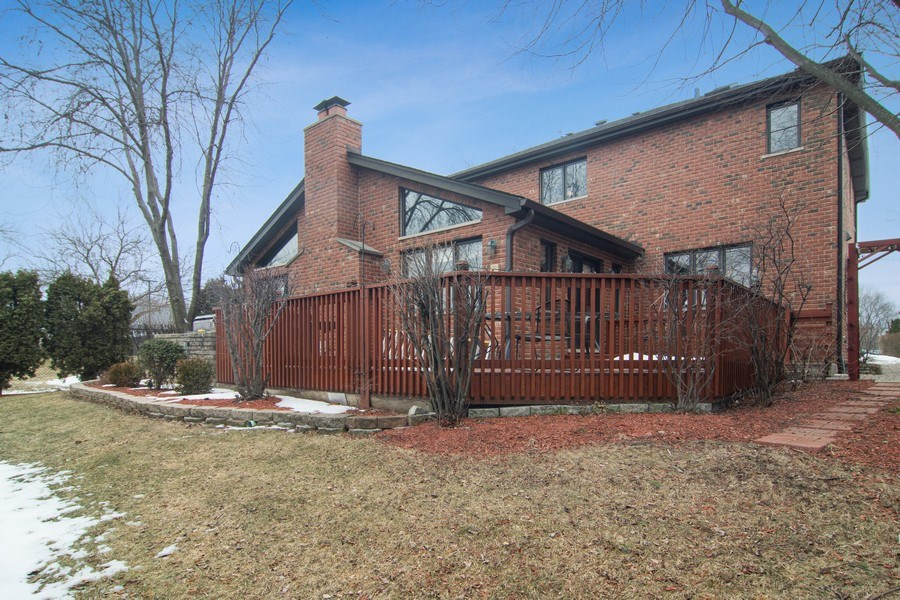Real Estate Photography - 1001 Wildwood, Mt Prospect, IL, 60056 - Rear View