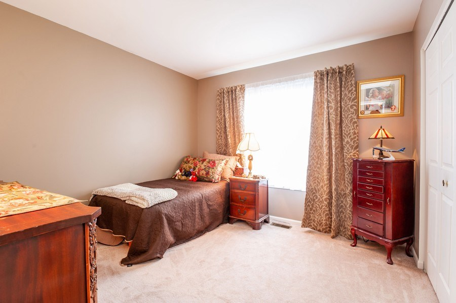 Real Estate Photography - 39073 N Ogden Ln, Beach Park, IL, 60083 - 2nd Bedroom