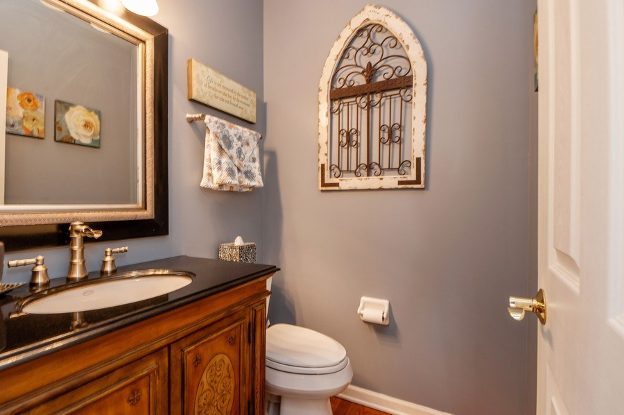 Real Estate Photography - 39073 N Ogden Ln, Beach Park, IL, 60083 - Powder Room