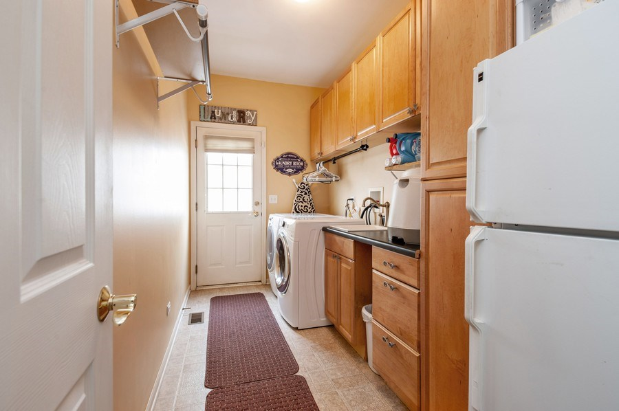Real Estate Photography - 39073 N Ogden Ln, Beach Park, IL, 60083 - Laundry Room