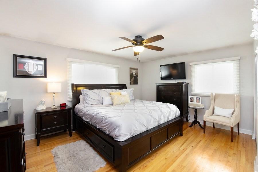 Real Estate Photography - 832 Cambridge Row, Addison, IL, 60101 - Master Bedroom