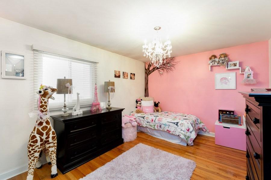 Real Estate Photography - 832 Cambridge Row, Addison, IL, 60101 - Bedroom
