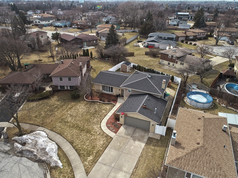 Real Estate Photography - 832 Cambridge Row, Addison, IL, 60101 - Aerial View