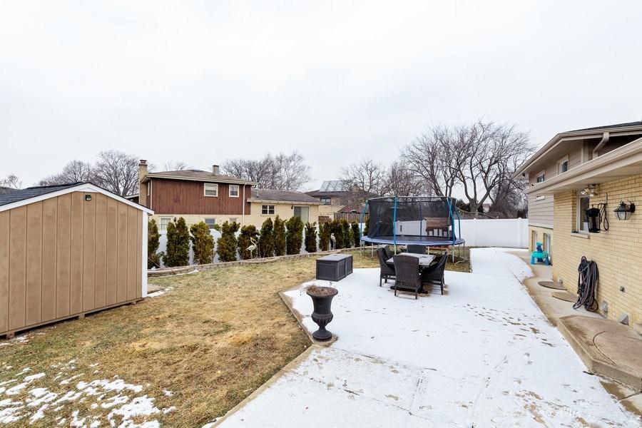 Real Estate Photography - 832 Cambridge Row, Addison, IL, 60101 - Back Yard