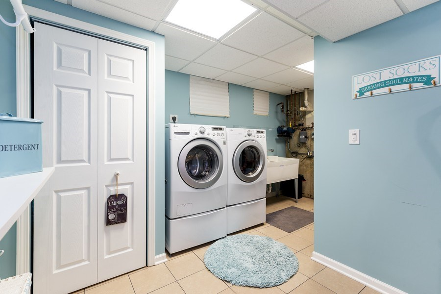 Real Estate Photography - 832 Cambridge Row, Addison, IL, 60101 - Laundry Room