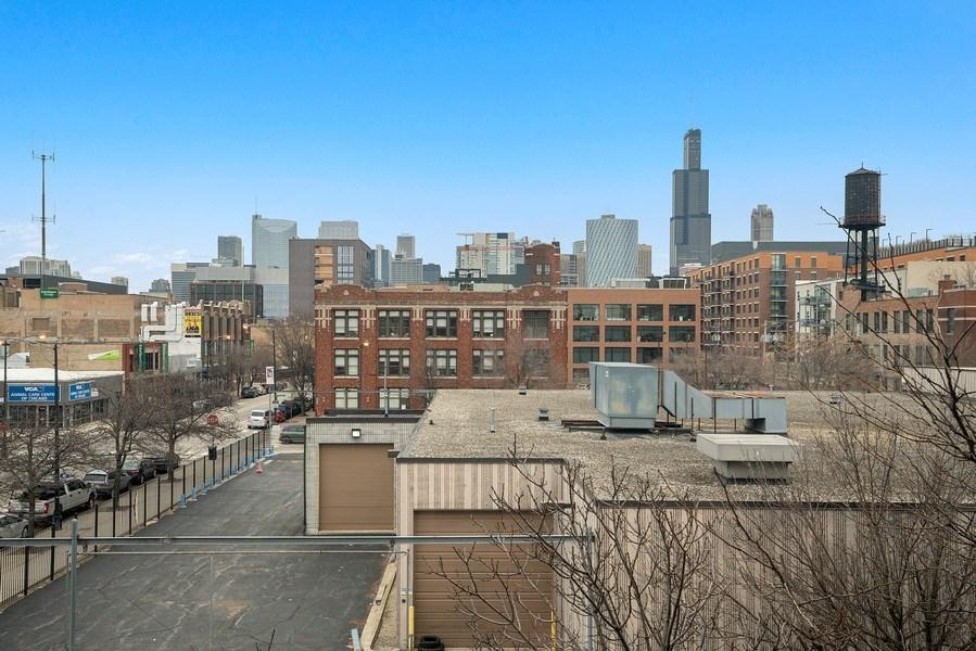 Real Estate Photography - 1301 W. Washington, Unit 306, Chicago, IL, 60607 - View