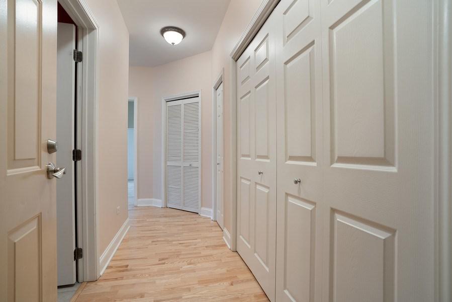 Real Estate Photography - 1301 W. Washington, Unit 306, Chicago, IL, 60607 - Foyer