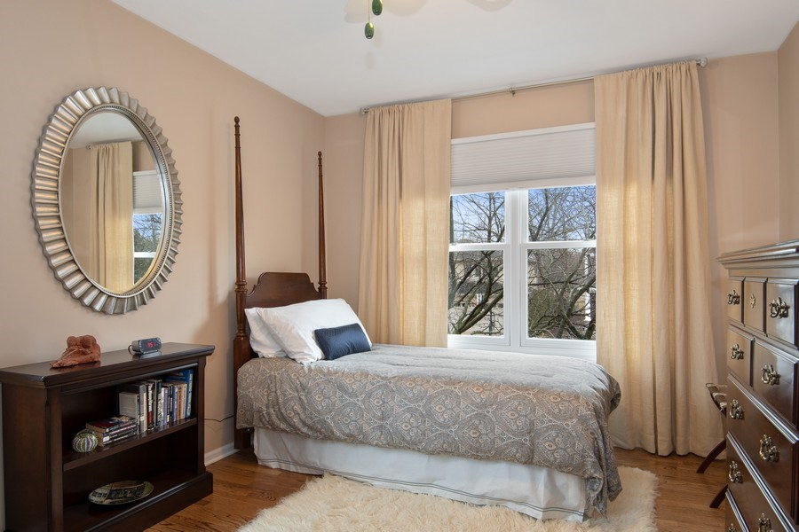 Real Estate Photography - 2542 Illinois Road, Northbrook, IL, 60062 - Bedroom