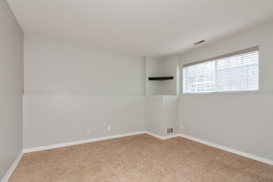 Real Estate Photography - 11s520 Rachael Court, Willowbrook, IL, 60527 - Family Room