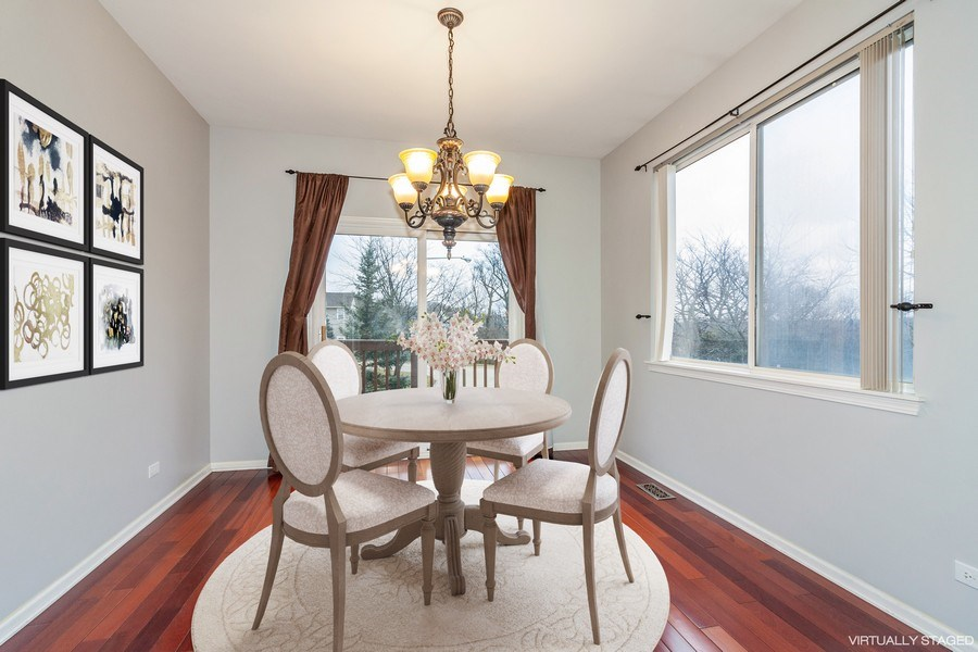 Real Estate Photography - 11s520 Rachael Court, Willowbrook, IL, 60527 - Dining Area
