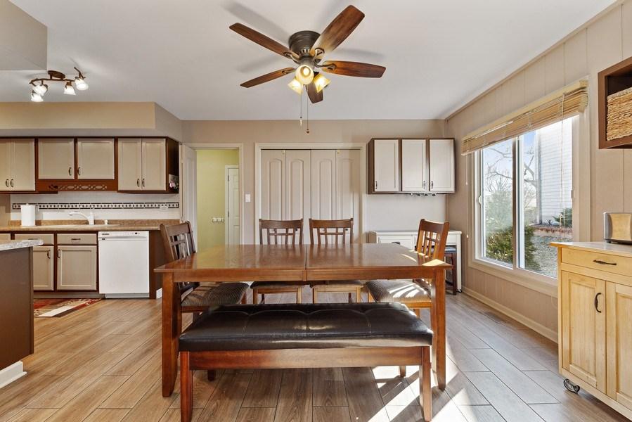 Real Estate Photography - 21W510 Buckingham Road, Gen Ellyn, IL, 60137 - Dining Room