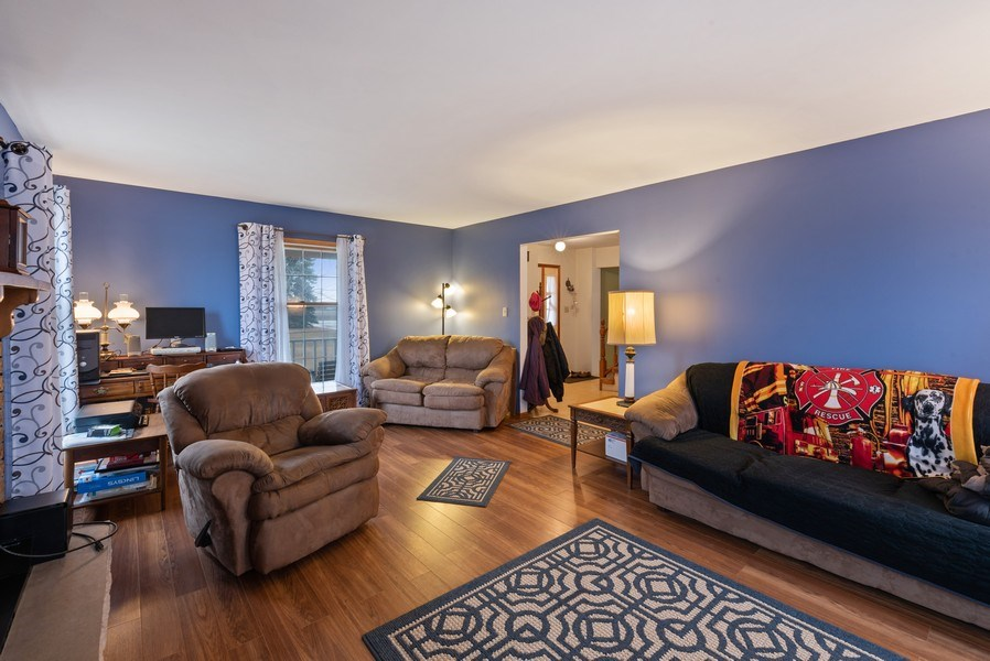 Real Estate Photography - 1412 E. Corning Road, Beecher, IL, 60401 - Living Room