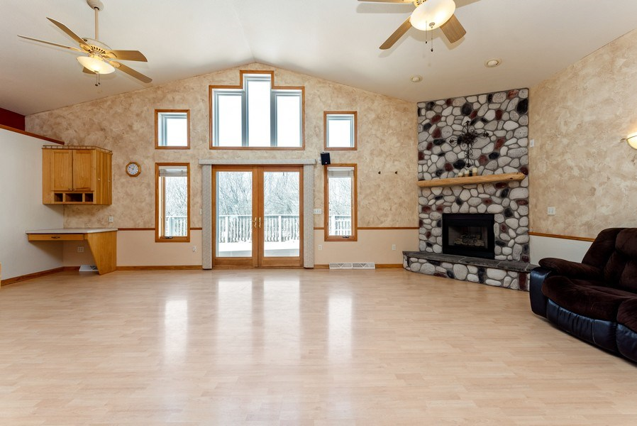Real Estate Photography - N5375 Loraine Ct., Fredonia, WI, 53021 - Living Room