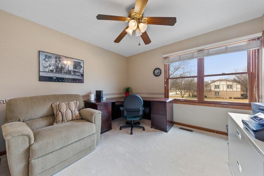 Real Estate Photography - 8495 DOLFOR COVE, BURR RIDGE, IL, 60527 - Bedroom