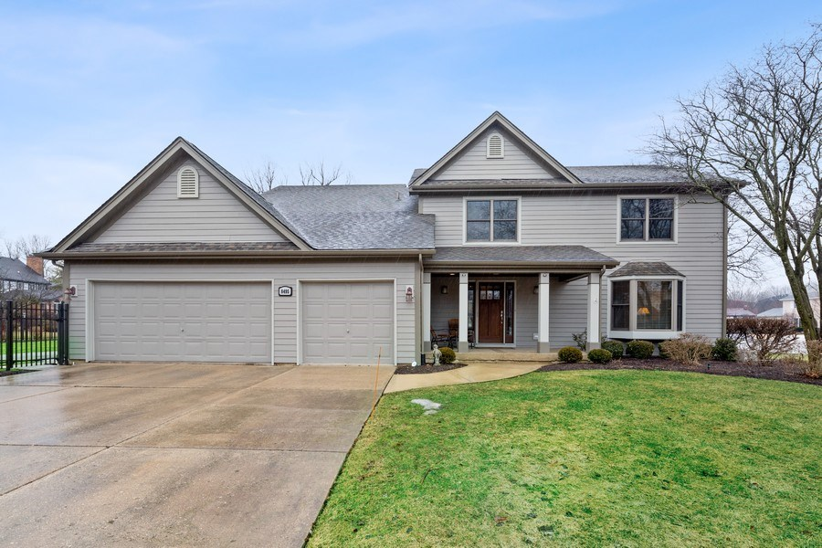 Real Estate Photography - 8495 DOLFOR COVE, BURR RIDGE, IL, 60527 - Front View
