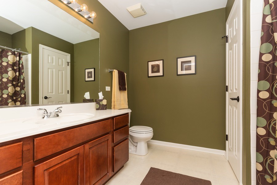 Real Estate Photography - 211 John M. Boor, Gilberts, IL, 60136 - Master Bathroom
