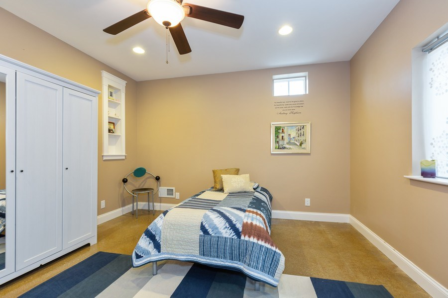 Real Estate Photography - 744 Farley Place, Downers Grove, IL, 60515 - Bedroom