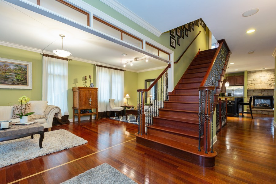Real Estate Photography - 744 Farley Place, Downers Grove, IL, 60515 - Foyer