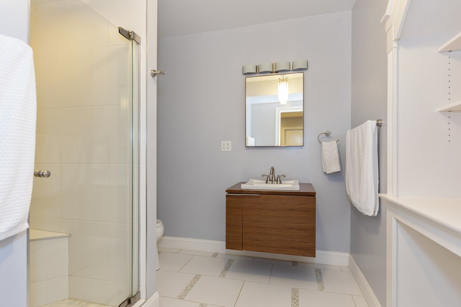 Real Estate Photography - 744 Farley Place, Downers Grove, IL, 60515 - 2nd Bathroom