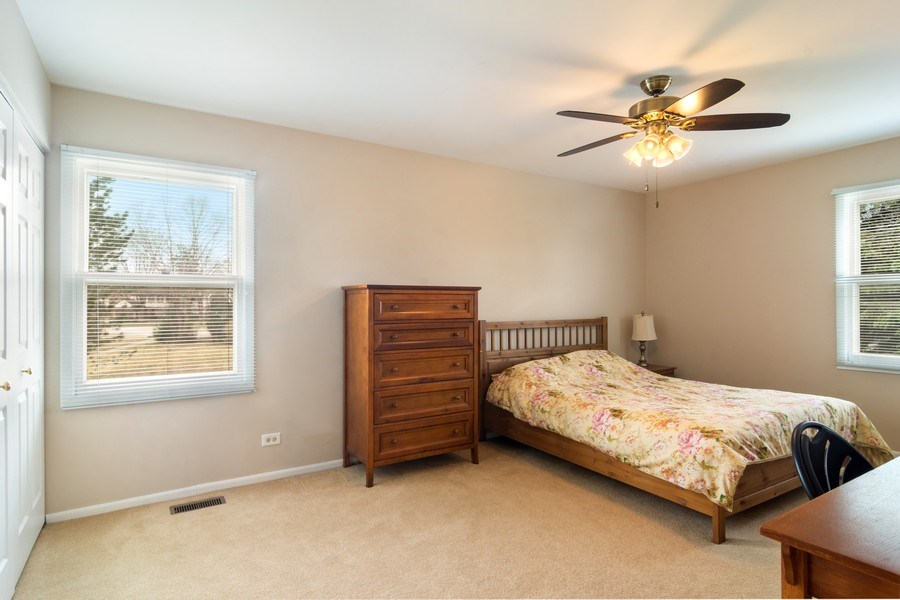Real Estate Photography - 330 Ronnie Drive, Buffalo Grove, IL, 60089 - 2nd Bedroom