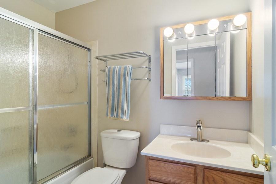 Real Estate Photography - 330 Ronnie Drive, Buffalo Grove, IL, 60089 - Bathroom