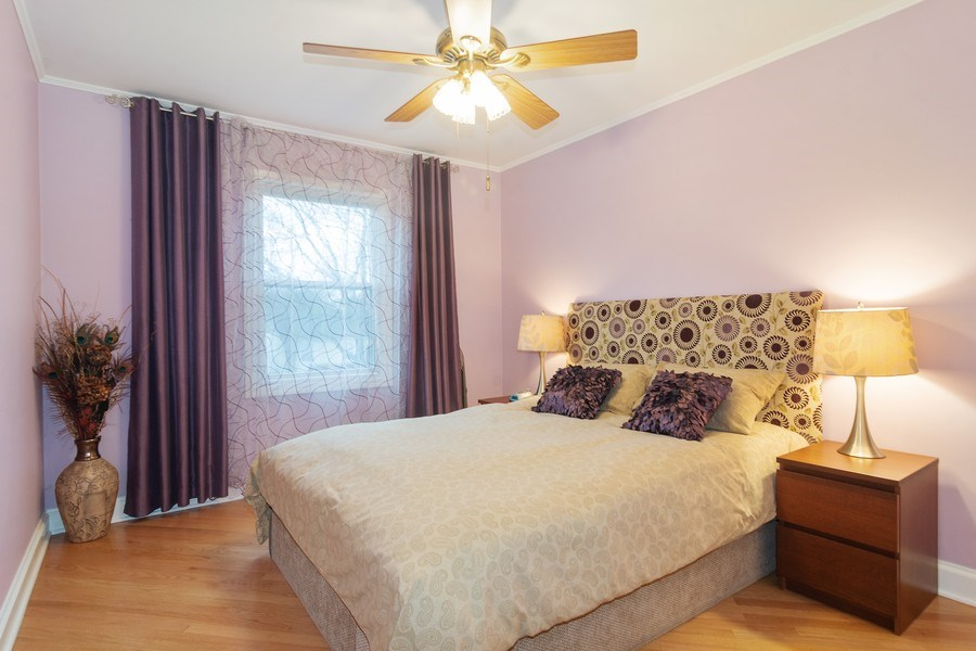 Real Estate Photography - 983 Shady Tree Lane, Wheeling, IL, 60090 - 2nd Bedroom