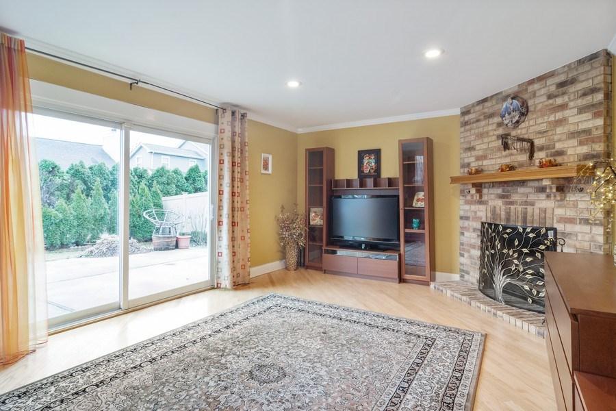 Real Estate Photography - 983 Shady Tree Lane, Wheeling, IL, 60090 - Family Room