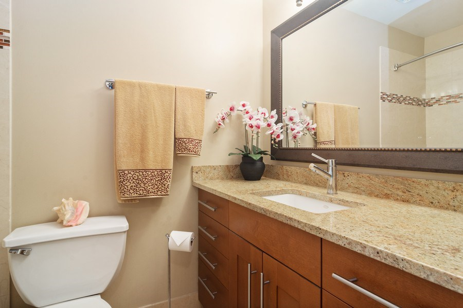 Real Estate Photography - 983 Shady Tree Lane, Wheeling, IL, 60090 - Bathroom