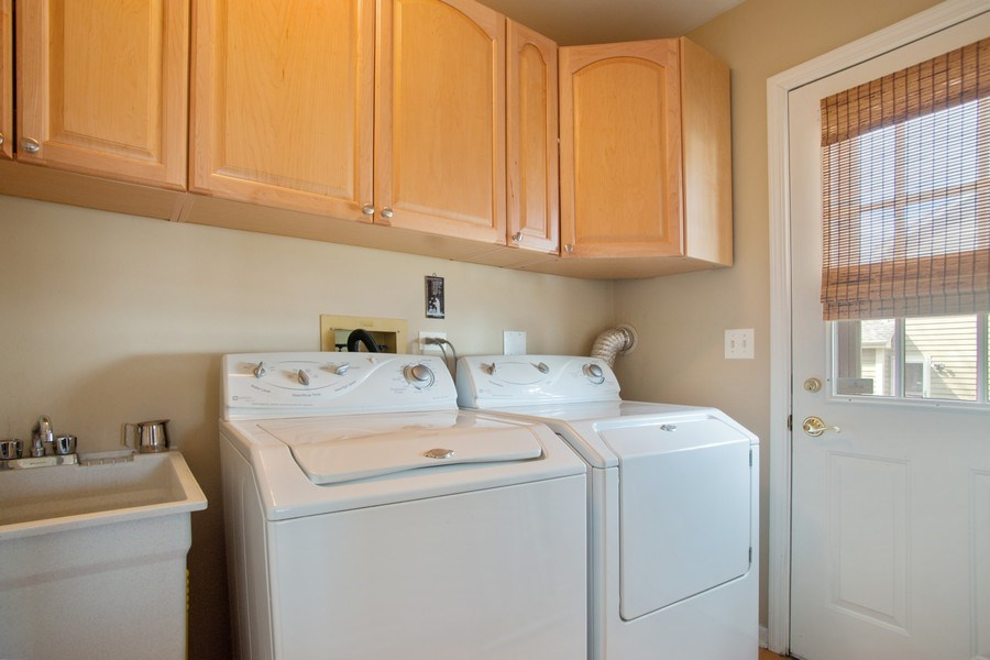 Real Estate Photography - 204 Plum Grove Circle, Arlington Heights, IL, 60004 - Laundry Room